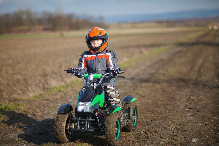 Helme für Kinder mit Pocket Quad